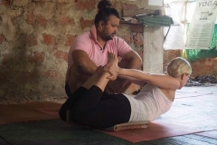 alpesh-yoga-classes-india-1